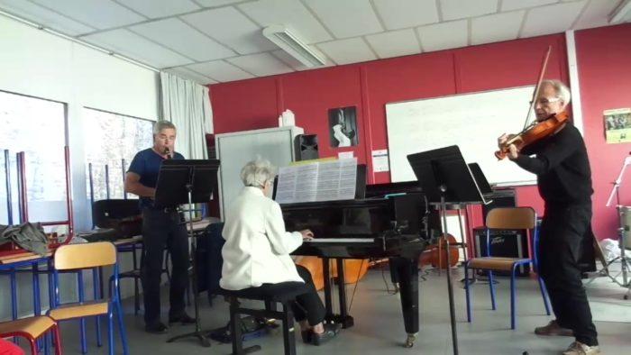 Jouer et chanter ensemble